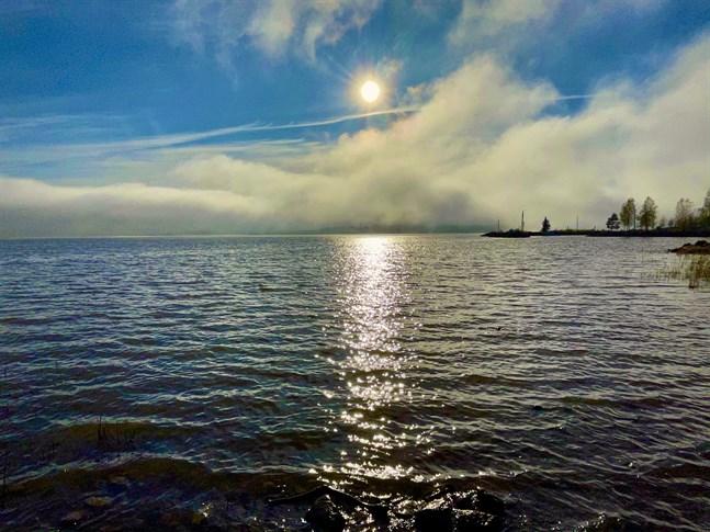 En kraftig dimma drog in över Vasa på tisdagen.