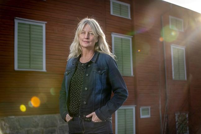 Författaren Karin Smirnoff är en av årets nya kolumnister i ÖT och VBL.