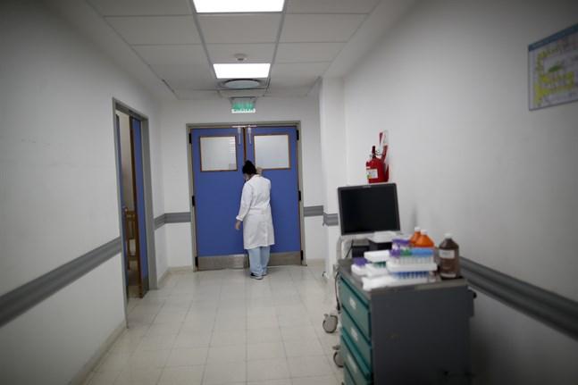 En läkare på ett covidsjukhus i Argentina. Arkivbild.