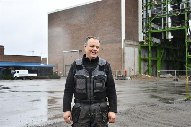 Petri Pihlajaniemi (bilden) var inte valbar till stadsstyrelsen i Kristinestad, menar Göran Eriksson som genom besvär till Vasa förvaltningsdomstol vill ogiltigförklara valet av styrelse.