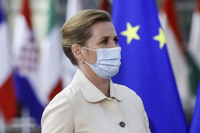 Danmarks statsminister Mette Frederiksen (S) på EU-toppmötet, som hon hoppas ska resultera i 100 miljoner vaccindoser till utvecklingsländer.
