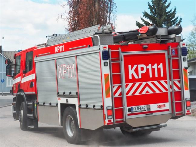 Räddningsverket ryckte ut för släcka en spisbrand på tisdagskvällen.