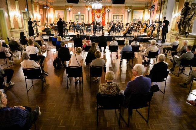 Säkerhetsavstånd var viktigt under Musikfestspelen Korsholm i fjol, så blir det även i år.