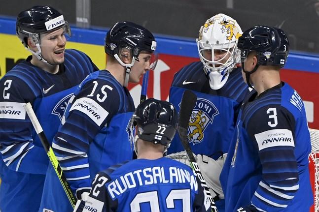 Jussi Okinuora inleder i Lejonens mål mot Kanada.