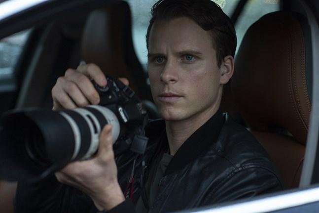 Adam Pålsson ska spela den unge polisen Kurt Wallander i ännu en säsong.