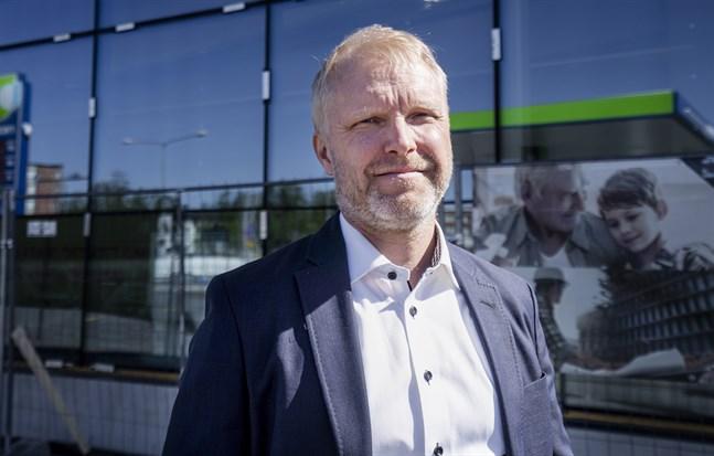 Jussi Palmroth leder Tuohex som investerat i nybygget i Klemetsö, med bland annat Neste, McDonald's och Lidl som hyresgäster.