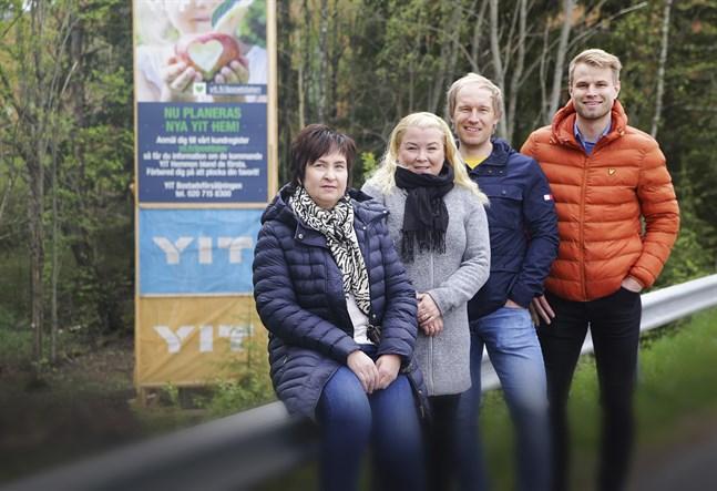 Jaana Dahl, Marie Kero, Jaakko Ojala och Lauri Karri är alla engagerade i Astrakan- och Bergius-husen som nu ska byggas i Äppeldalen i centrum av Smedsby. Förhandsmarknadsföringen pågår och de hoppas på byggstart redan i höst.