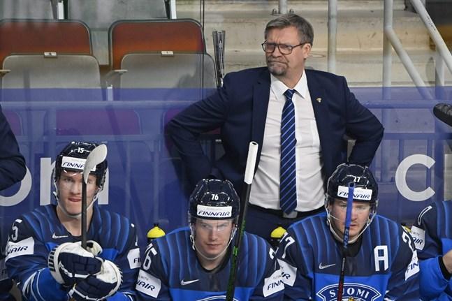 Jukka Jalonen fokuserar på en sak: Lejonens spel.