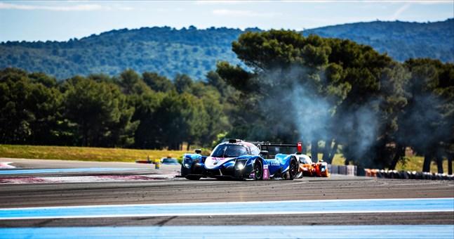 Däckproblem grusade Rory Penttinen och Mathias Kaisers medaljchanser i Frankrike. Det blev till sist en nionde plats.