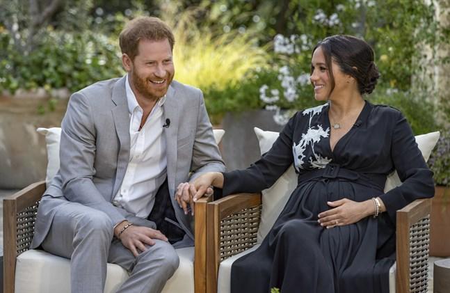 Prins Harry och Meghan när de intervjuades i amerikansk tv av Oprah Winfrey tidigare i år.