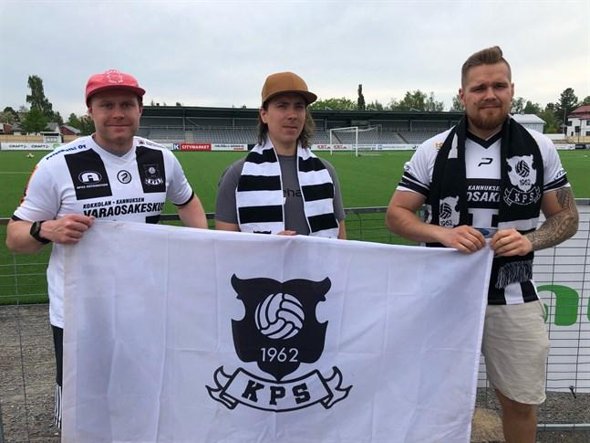 KPS är tillbaka. Här spelarna Tuomas Pasanen, Jari-Pekka Johnson och Juuso Karppinen.