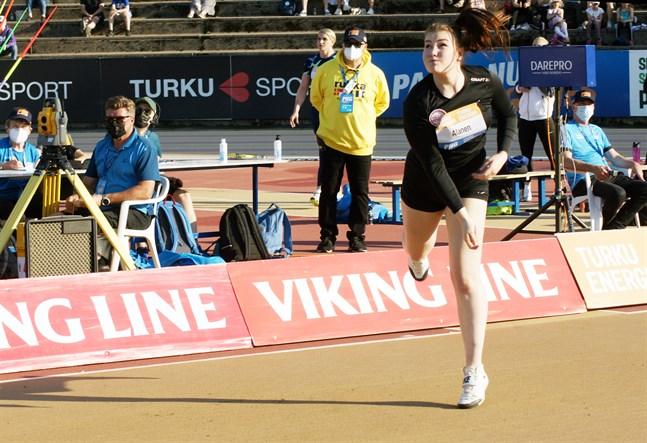 Anni-Linnea Alanen klarade säsongens resultatmål direkt i början.