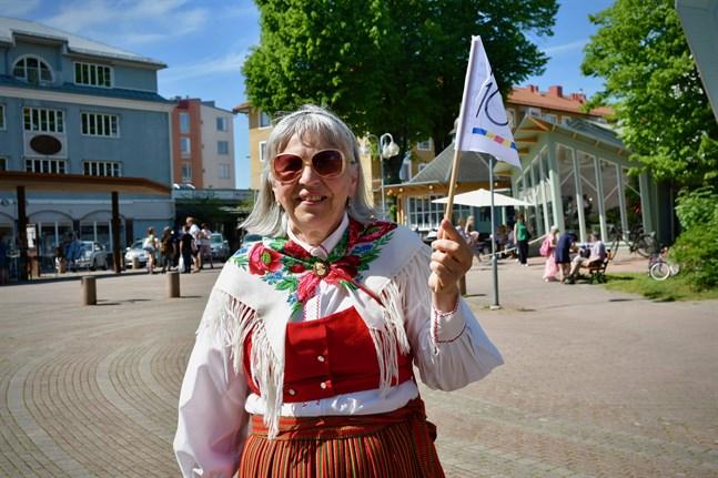 Efter 56 år på Åland definierar sig Lisbeth Grönroos fortfarande som österbottning.
