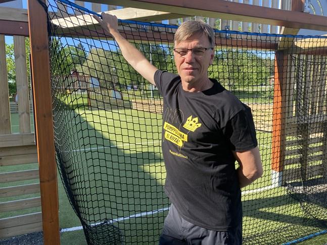 Nu ska barn och unga i bland annat Kristinestad kunna utöva sin hobby kostnadsfritt. Anders Wahlberg ser fram emot att leda idrottsklubbar där.