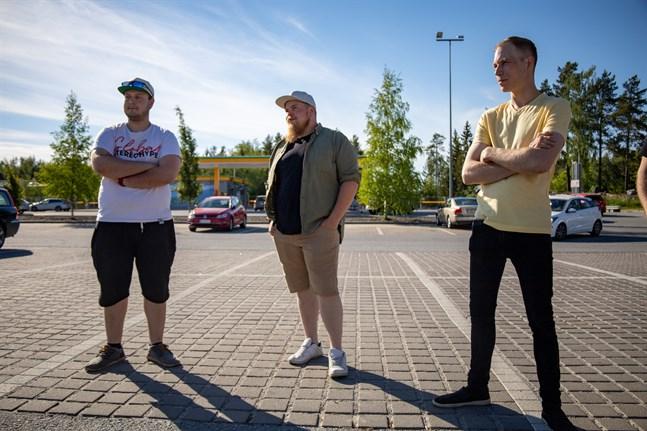 Rami Väisänen från Karleby, Anders Järn från Pedersöre och Robin Eriksson från Karby har något gemensamt: passion för bilar och musik.