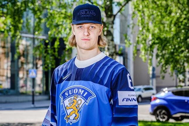 VM-silvermedaljören Tony Sund spelar i den svenska hockeyligan i vinter.