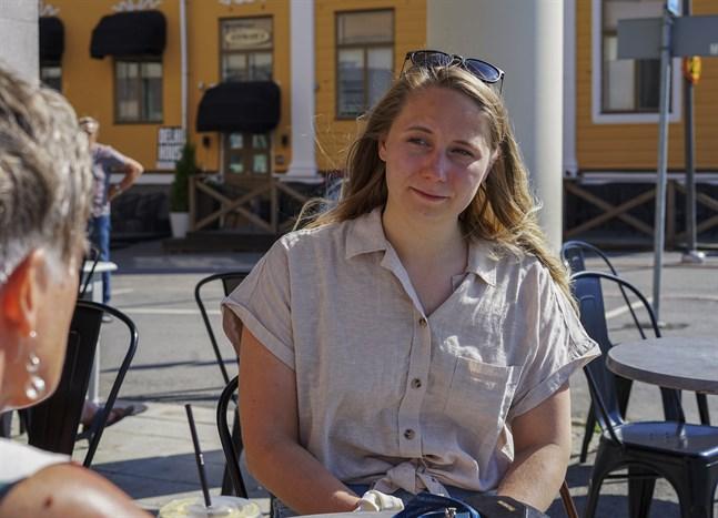 Ida-Marie Jungell, verksamhetsledare för Finn Jakobstad, hoppas få se folk ta ansvar under helgen i Jakobstad.