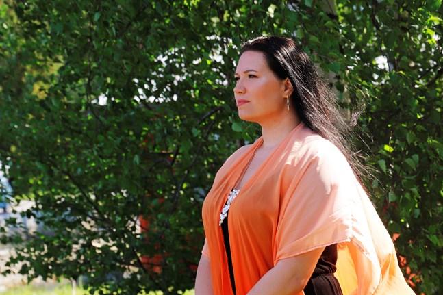Janina Hannus kommer ursprungligen från Munsala i Nykarleby och bor numera i Korsnäs.