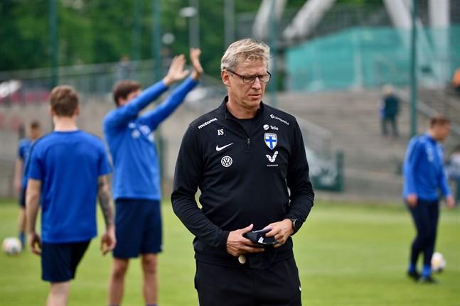 Förbundskapten Markku Kanerva ledde Finlands herrlandslag till sitt första EM-slutspel någonsin. Laget vann över Danmark i sin EM-debut i lördags. Arkivbild.
