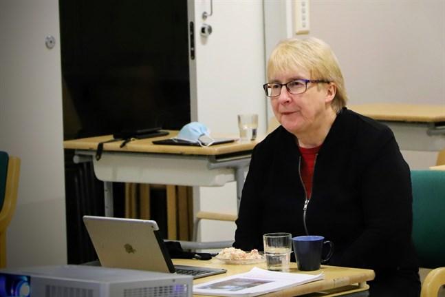 Anna-Lena Kronqvist (SFP) är en långvarig kommunalpolitiker i Korsnäs och också röstmagnet i val efter val.