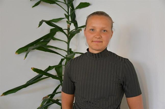 Näsbybon Linnea Strand fick flest röster i Pjelax, därifrån hon ursprungligen kommer. Hon renoverar ett hus där och tänker flytta hem igen.