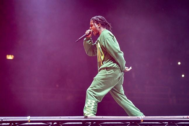 Den amerikanska rapparen Asap Rocky när han uppträdde på Globen i Stockholm fem månader efter att han släppts från häktet i Stockholm. Arkivbild.