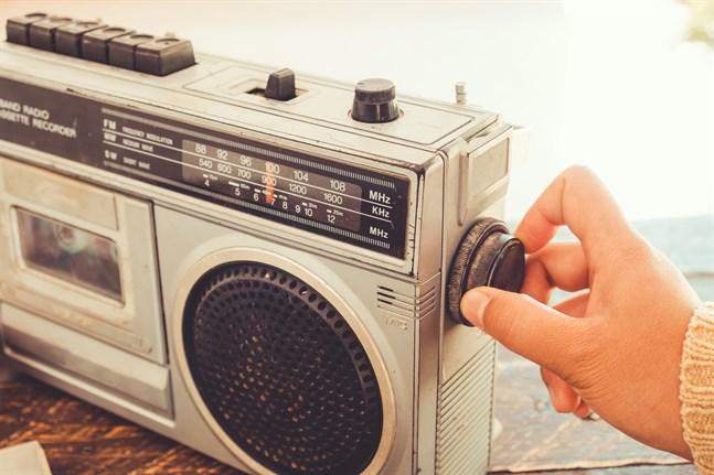 Snart kör sommarserien igång på Radio Vega.