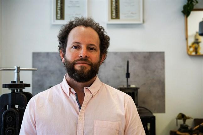 Rüdiger Leopold är guldsmed och designer - på dagarna.