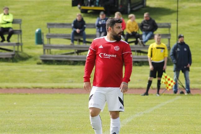 Bekir Kadic gjorde tre mål mot Virkiä. Men det hjälpte föga då gästerna vände matchen på övertid.