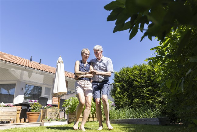 Smedsbyborna Stefan Hjortman och Doris Sjölind ser fram emot att få åka ut och dansa igen under sommaren.