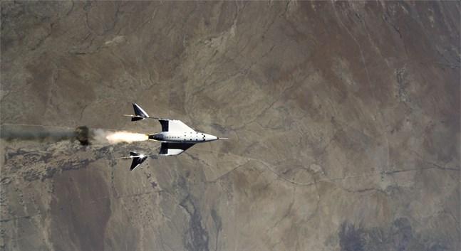 Virgin Galactics rymdfarkost under sin testfärd den 22 maj.