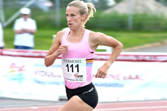 Efterlängtad syn – Camilla Richardsson är tillbaka om än utan hinder på banan.