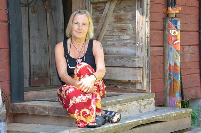 Stina Engvall har nu drivit Galleri Gottorp i 30 år. Detta ska firas med en jubileumssommar.