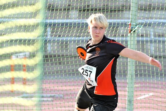 Linn Sund fick till ett kast på 43,22 meter i sista omgången.