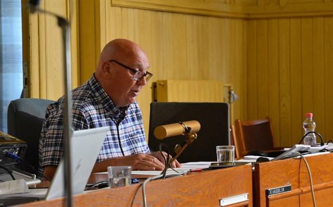 Kari Häggblom (SDP) har varit Kasköfullmäktiges ordförande sedan 2013. Partiet vill att han fortsätter ännu en period.