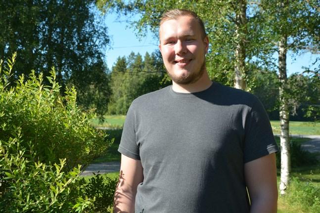 Roberth Sjöström har invalts i Folktingets nya styrelse.