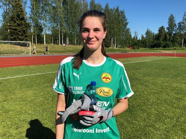 Målvakten Hanna Nyfors debuterade i Myran och gjorde bra ifrån sig.