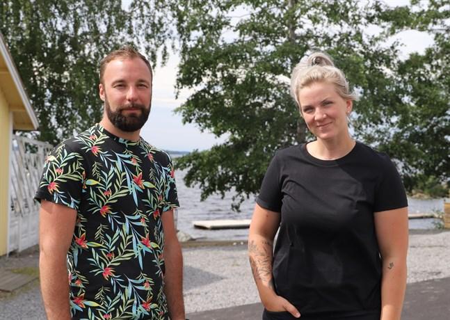 Jonathan Jungerstam och Jenni Ahlbäck har sett fram emot att få ordna evenemang igen.