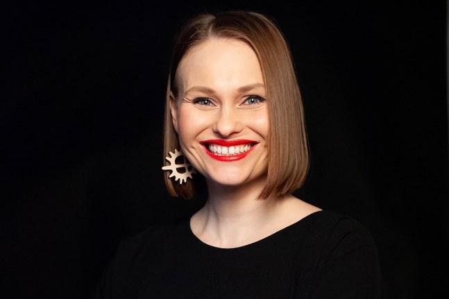 """Regissören Suvi Wests dokumentärfilm """"Eatnameamet – Vår tysta kamp"""" visas på Kaustby folkmusikfestival 2021."""