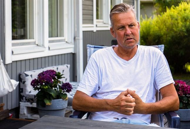 Få känner till den här typen av transplantation. – De tog inte bort något, de lade bara till. Nu har jag tre njurar och två bukspottkörtlar, säger Niclas Sandström.