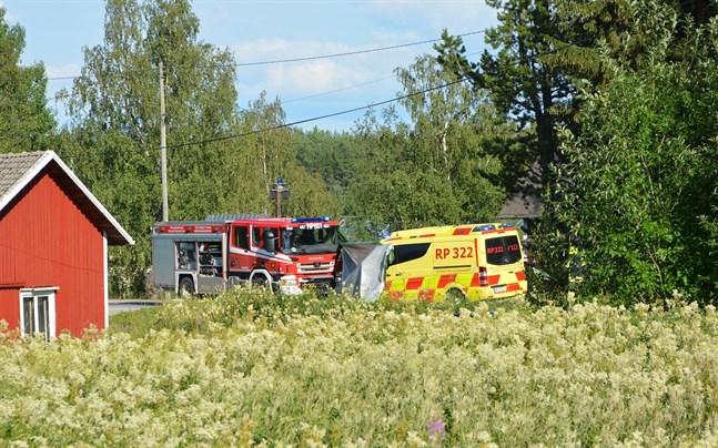 Larmsamtalet om olyckan på Östermarksvägen kunde först inte tas emot på svenska.