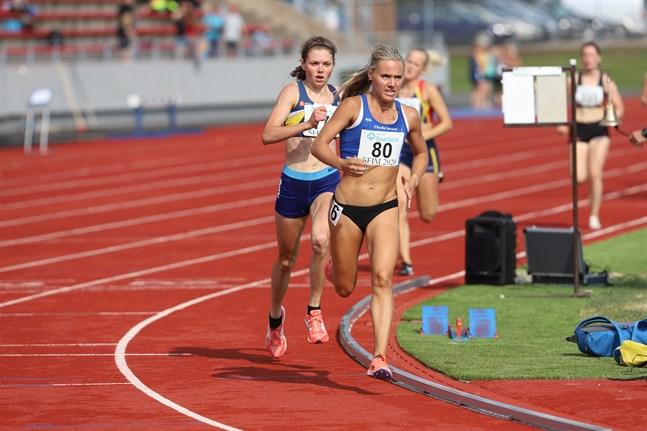 Nina Chydenius löpte in som fyra på GP-tävlingarna i Lapinlax.