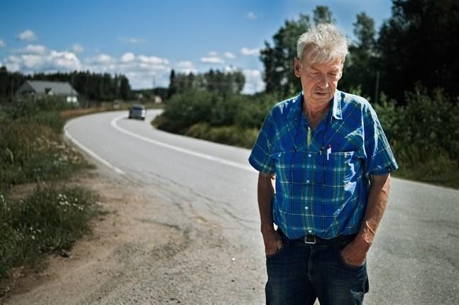 Göran Enroth vill se att trafikfaran längs Östra Jeppovägen åtgärdas.