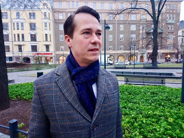 Carl Haglund efterträder Carl Pettersson som vd för Veritas Pensionsförsäkring.