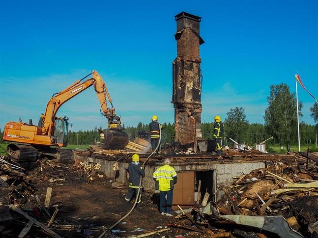 Huset på Storkärrvägen brann helt ner till grunden natten mellan tisdag och onsdag.