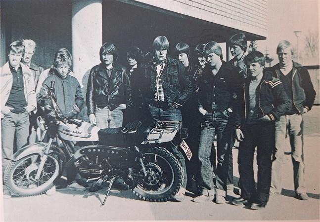 """Foto ur Pelle Lillkvists bok """"Bilar och motorcyklar jag minns""""."""