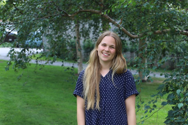 Elsa Sandås hoppas att andra människor kan möta Gud genom hennes låtar.