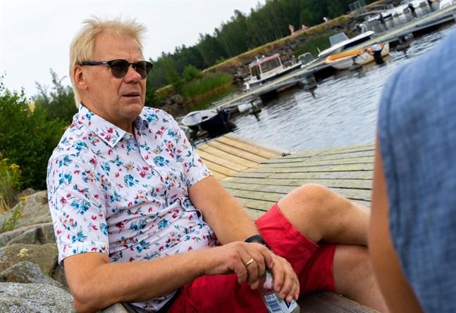 Minkslakten är den värsta ångestattacken som drabbat den politiska ledningen i Danmarks historia säger Mikael Lassén som lånar citatet av sin fru Berit.