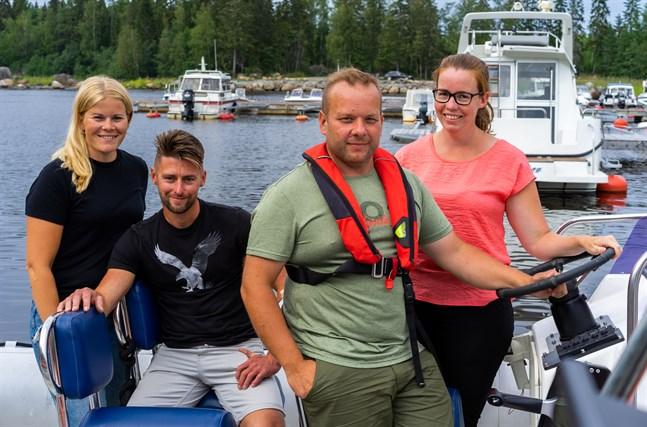 Matilda och Staffan Åkerlund, och Andreas och Magdalena Grankulla – människorna bakom Larsmont Archipelago.
