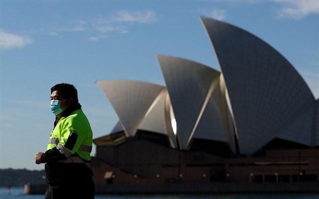 Kampen mot viruset trappas upp i Sydney.